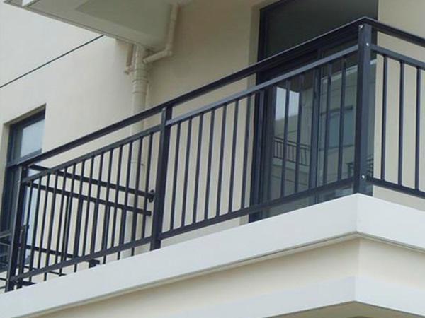 建筑阳台护栏