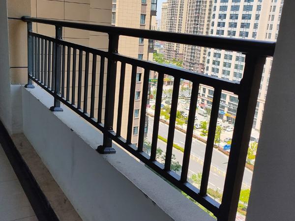 商场阳台护栏