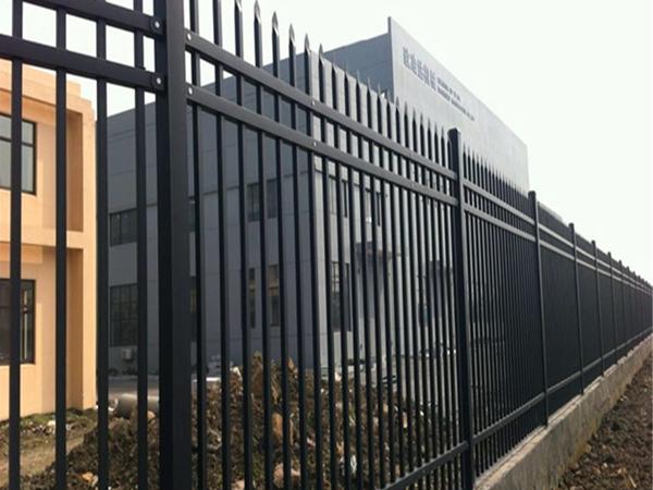 围栏材质分类