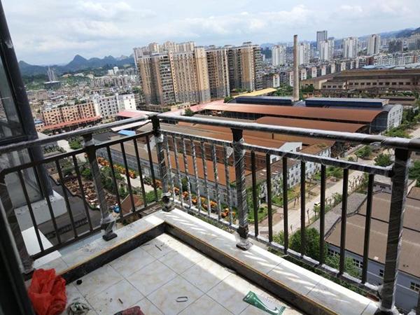 阳台护栏材质有哪些?