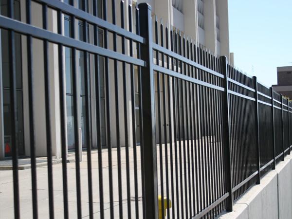 医院围墙护栏