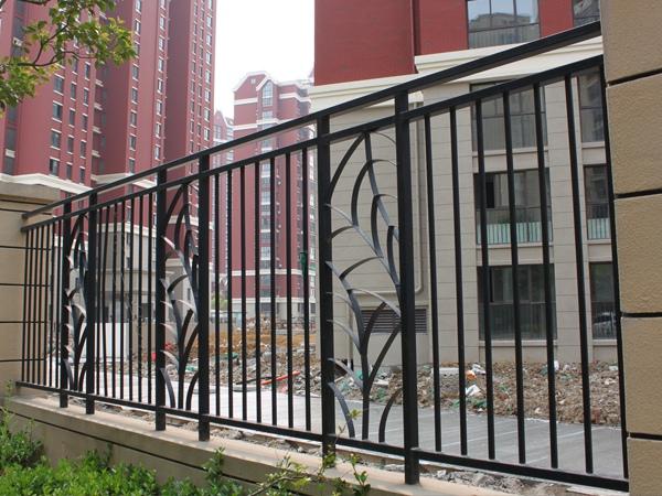 平头围墙护栏