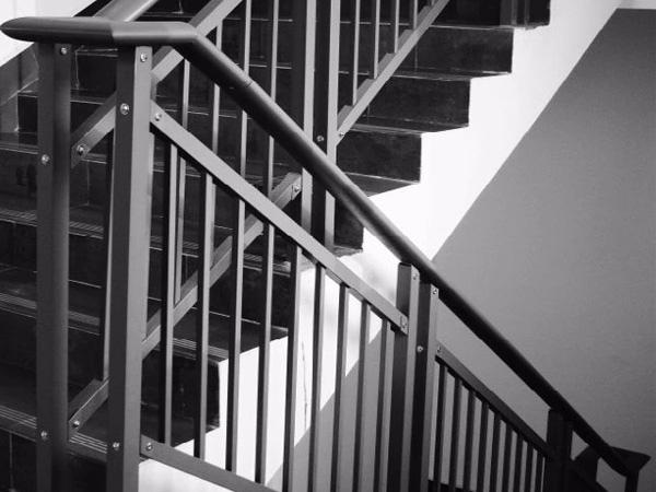 喷塑楼梯护栏