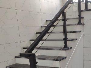 商场楼梯护栏