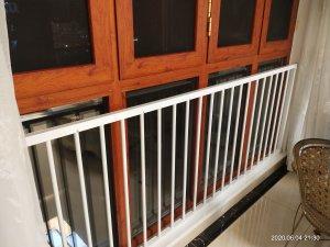 高层窗户护栏