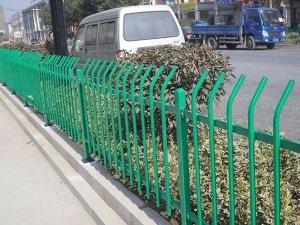 街道草坪护栏