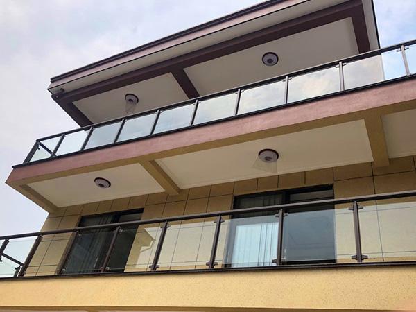 阳台护栏有哪些样式?