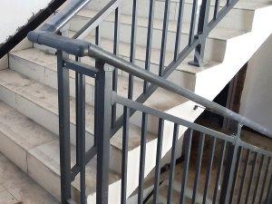 工厂锌钢楼梯扶手