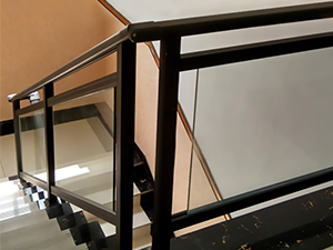 铝合金玻璃楼梯扶手