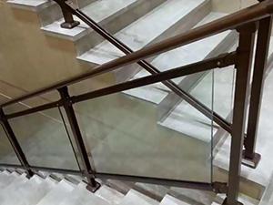 商场玻璃楼梯扶手