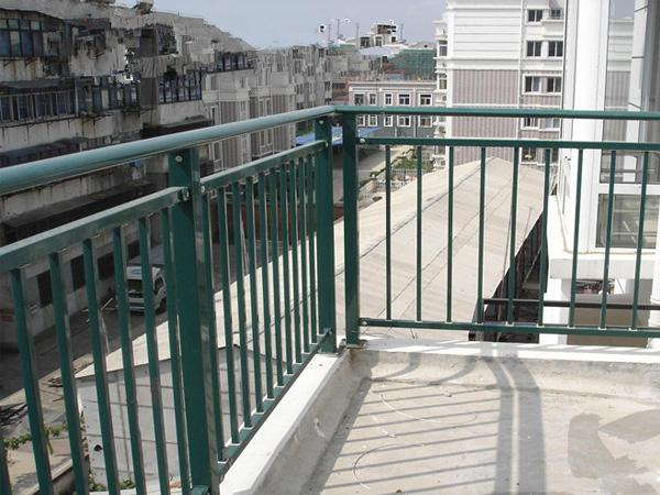 阳台护栏的款式有哪些?