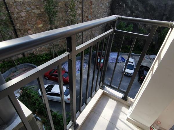 阳台护栏定制定做说明
