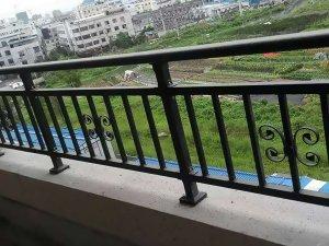 为什么大家喜欢采购锌钢阳台护栏?原因在这里!