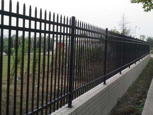 锌钢栅栏厂家哪里找?
