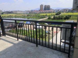 阳台栏杆定制提前多久最合适?