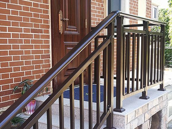 楼梯扶手去哪买便宜?