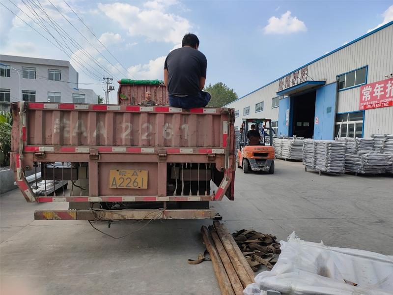 金用护栏2020年9月14日锌钢阳台护栏发货!
