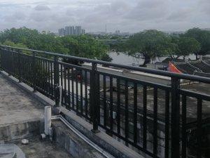 阳台栏杆定制厂家哪家好?