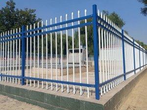 锌钢栅栏定制需要注意些什么?
