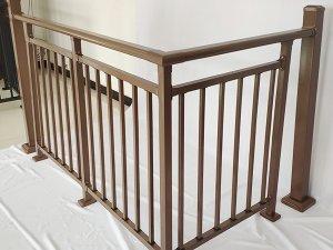 锌钢护栏表面是喷漆好还是喷塑好?