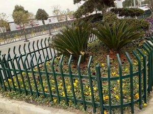 锌钢围栏和铁艺围栏哪个好?看过这里你就清楚了!