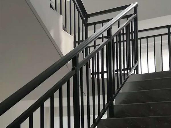 怎么在网上定制楼梯扶手?方法在这里!