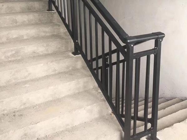 定制楼梯扶手就选这几款,质量好又便宜!