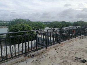 推荐2款阳台护栏,定制价格不到60元一米!