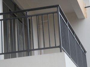 选择锌钢护栏生产厂家,这几点很重要!