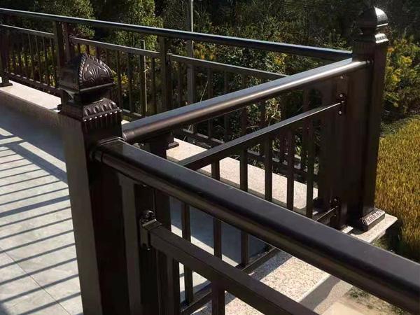 锌钢护栏颜色大全