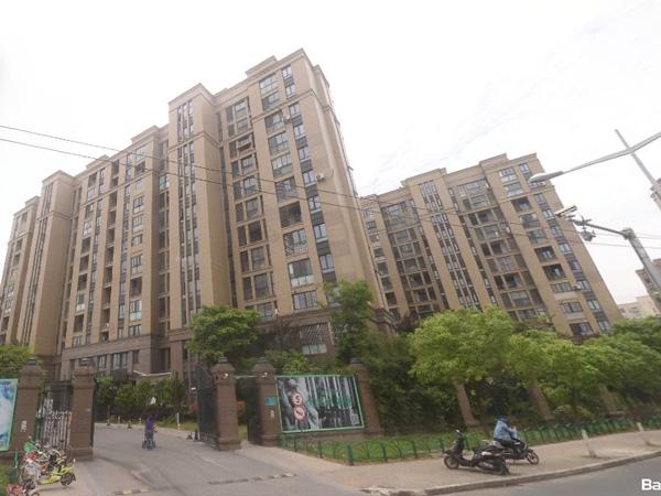 上海宁兴上尚湾小区百叶窗、楼梯扶手定制