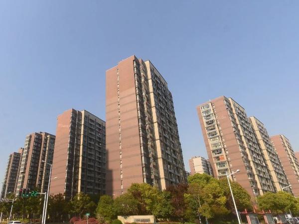 南京万科金色领域小区百叶窗、楼梯扶手定制