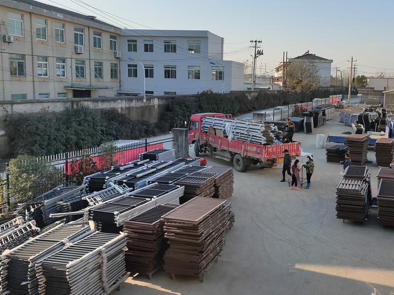 金用护栏2020年12月15日锌钢阳台护栏发货!