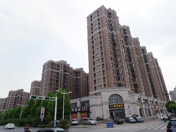 安庆钱江江畔尚城小区空调护栏、楼梯扶手定制