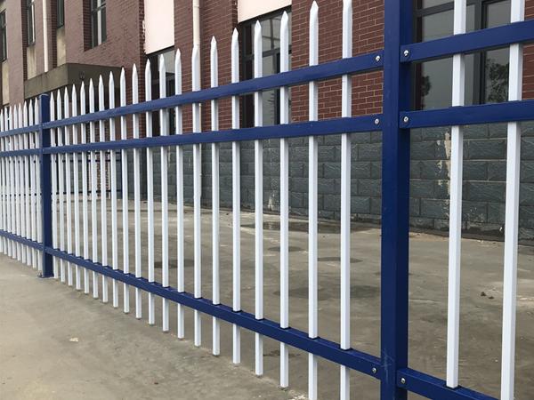 锌钢围栏为什么值得选择?