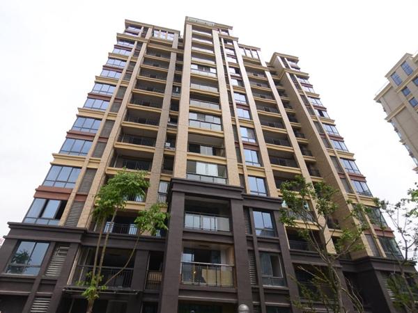 安庆西湖绿湖城小区百叶窗、阳台护栏、楼梯扶手定制