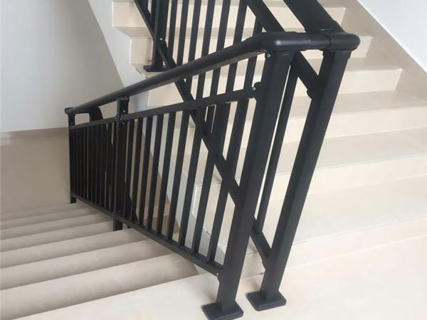 楼梯扶手栏杆工程量如何计算?