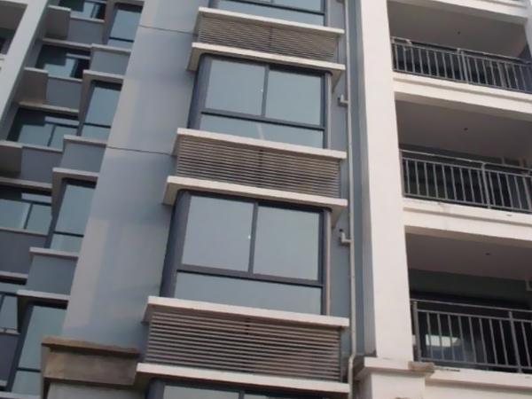 建筑百叶窗材质分类