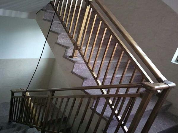 楼梯扶手采购流程