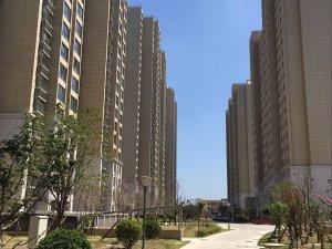 淮北桓湖花园小区锌钢阳台护栏、锌钢百叶窗定制