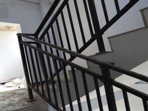 楼梯扶手多少钱一平方米?