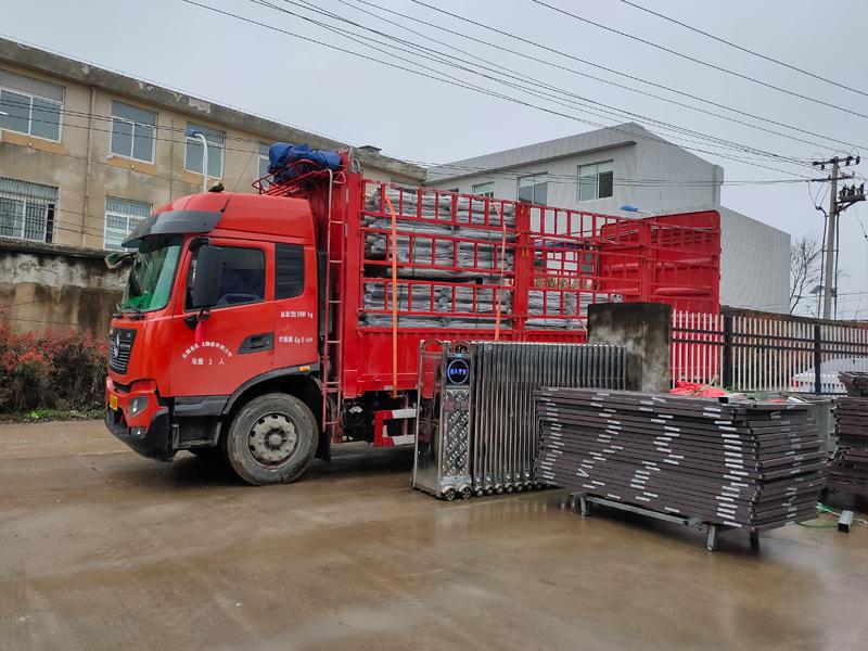 金用护栏2021年3月20日锌钢阳台护栏发货!