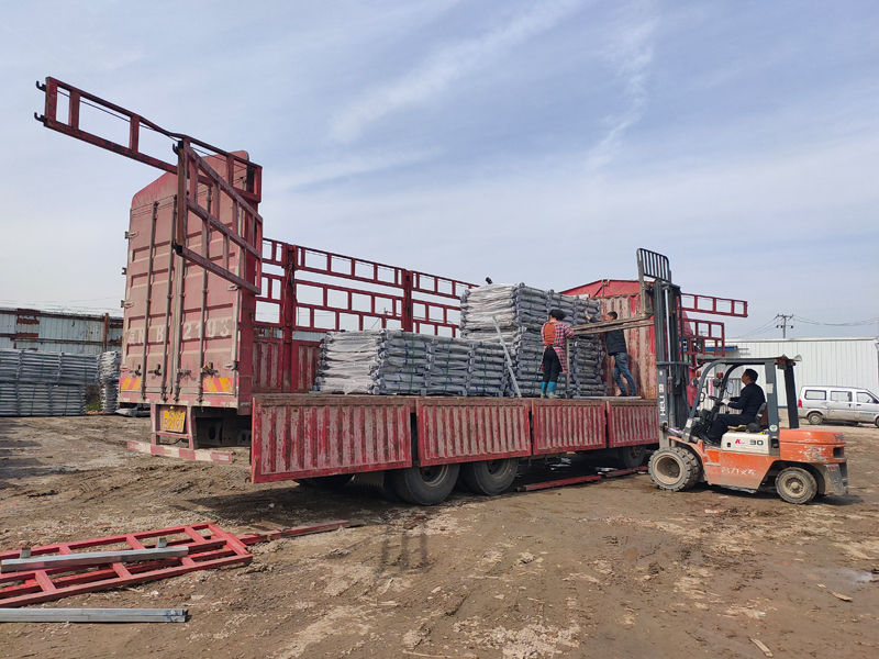 金用护栏2021年3月23日锌钢阳台护栏发货!