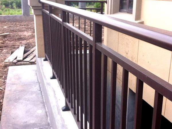 采购阳台栏杆,选它绝对靠谱!