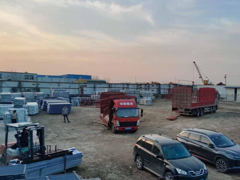 金用护栏2021年3月25日锌钢空调栏杆发货!