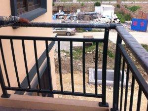 工程采购阳台栏杆如何选?看这里你知道了!