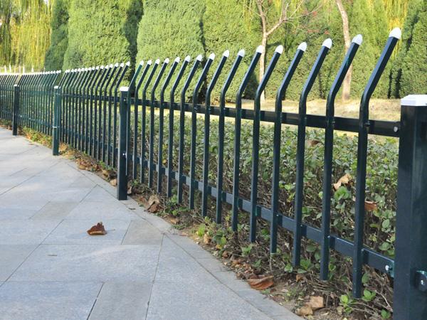 锌钢栅栏可以用在哪些地方?