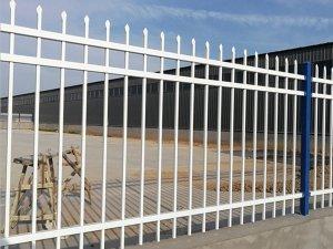 锌钢栅栏与锌钢栏杆、锌钢护栏、锌钢围栏之前关系与区别
