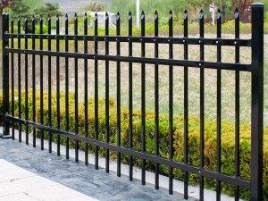 锌钢栅栏高度及杆件间距标准要求