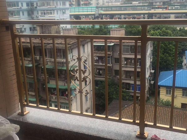 锌钢阳台护栏表面涂层工艺